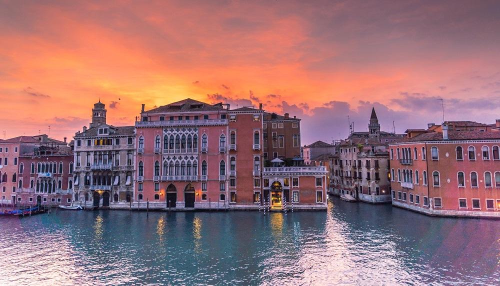 3* Venice Spring City Breaks - Image 3