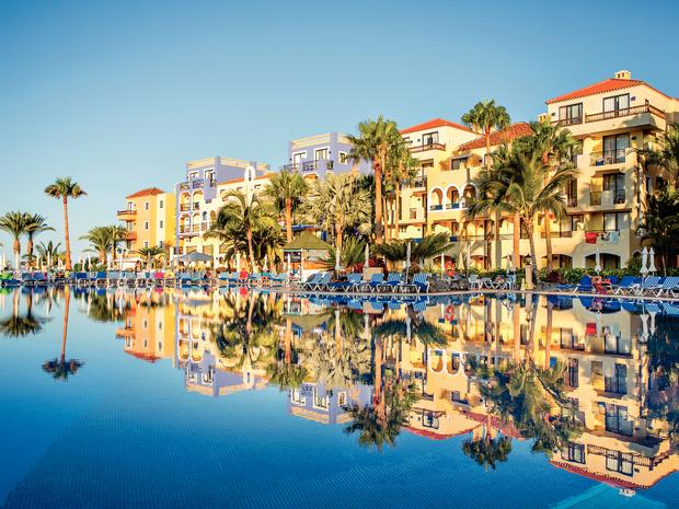Tenerife 5* Early Booker - Image 3
