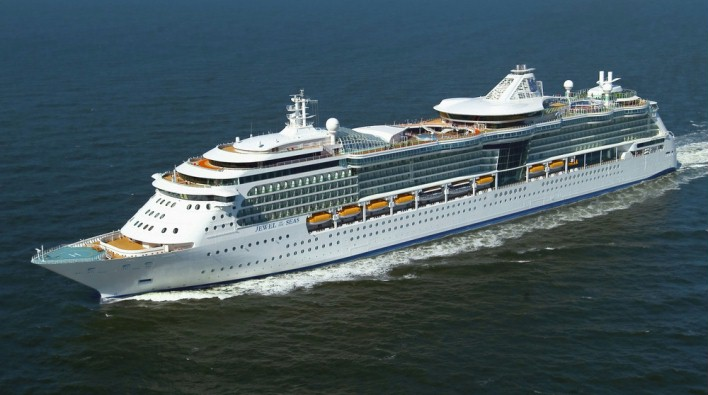 Royal Caribbean's Dubai & Emirates Cruise - Image 1