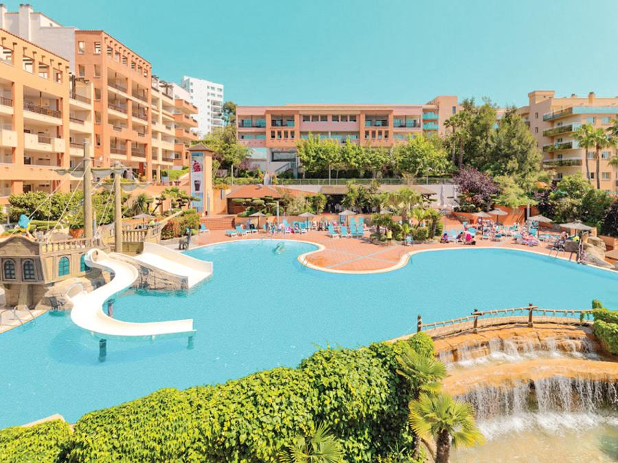 Salou 4* Half Board May Break - Image 5