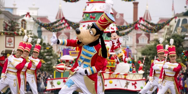 Disneyland® Paris Christmas 2019
