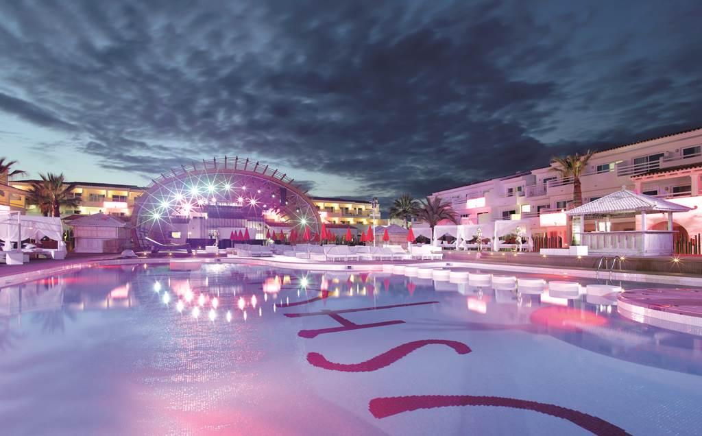 Ultimate Ibiza Luxury Party Break - Image 4