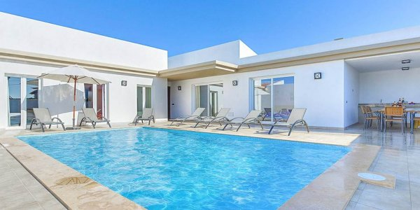 Menorca Great Villa Holiday for 2 families!