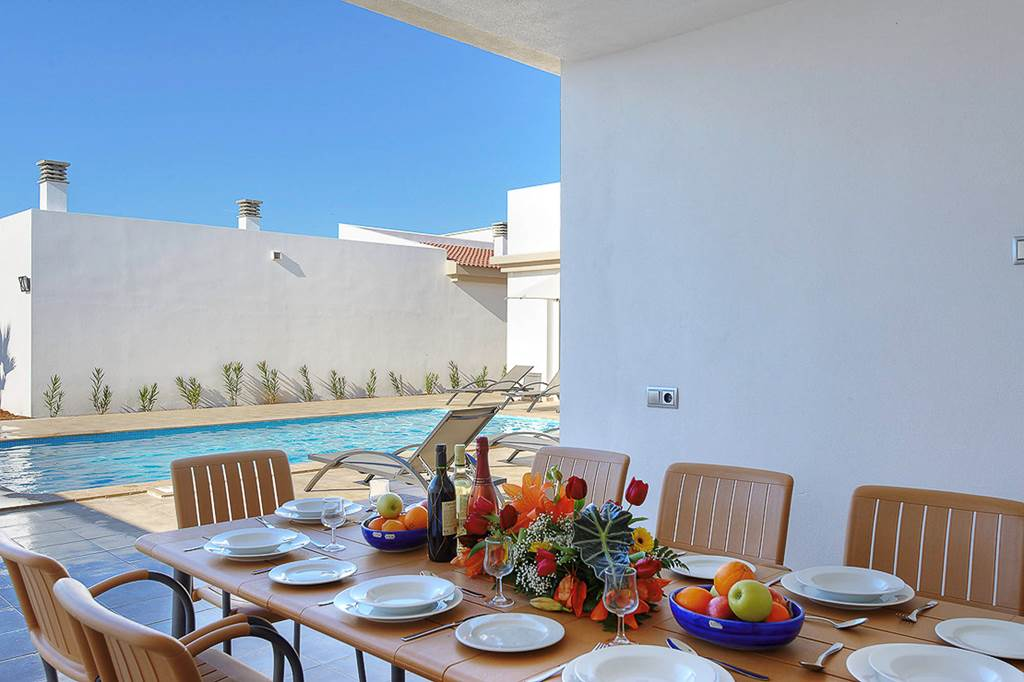 Menorca Great Villa Holiday for 2 families! - Image 5