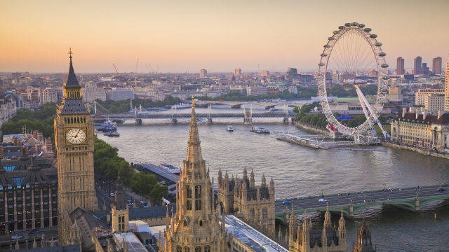 London Weekend Break from £265pp - Image 2