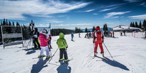 Learn to Ski Super Deal Hotel Snezhanka