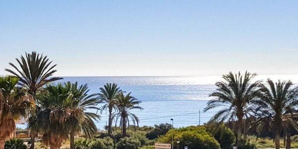 Costa De Almeria Offer £650 Per Family