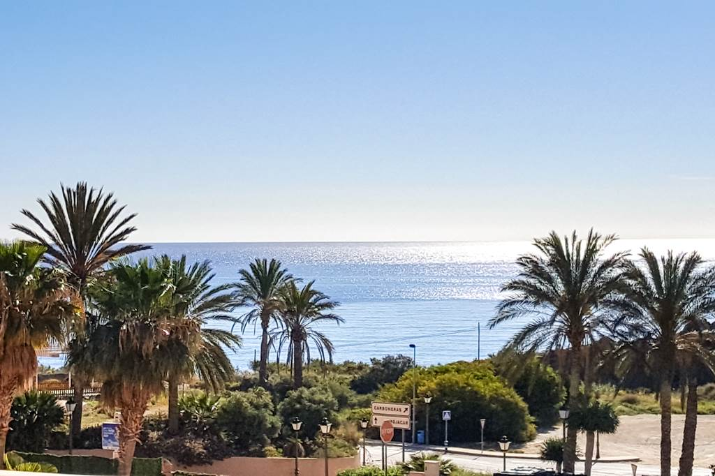 Costa De Almeria Offer £650 Per Family - Image 1