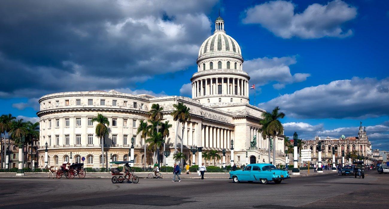 Cuba and Canada 3 centre - Image 3