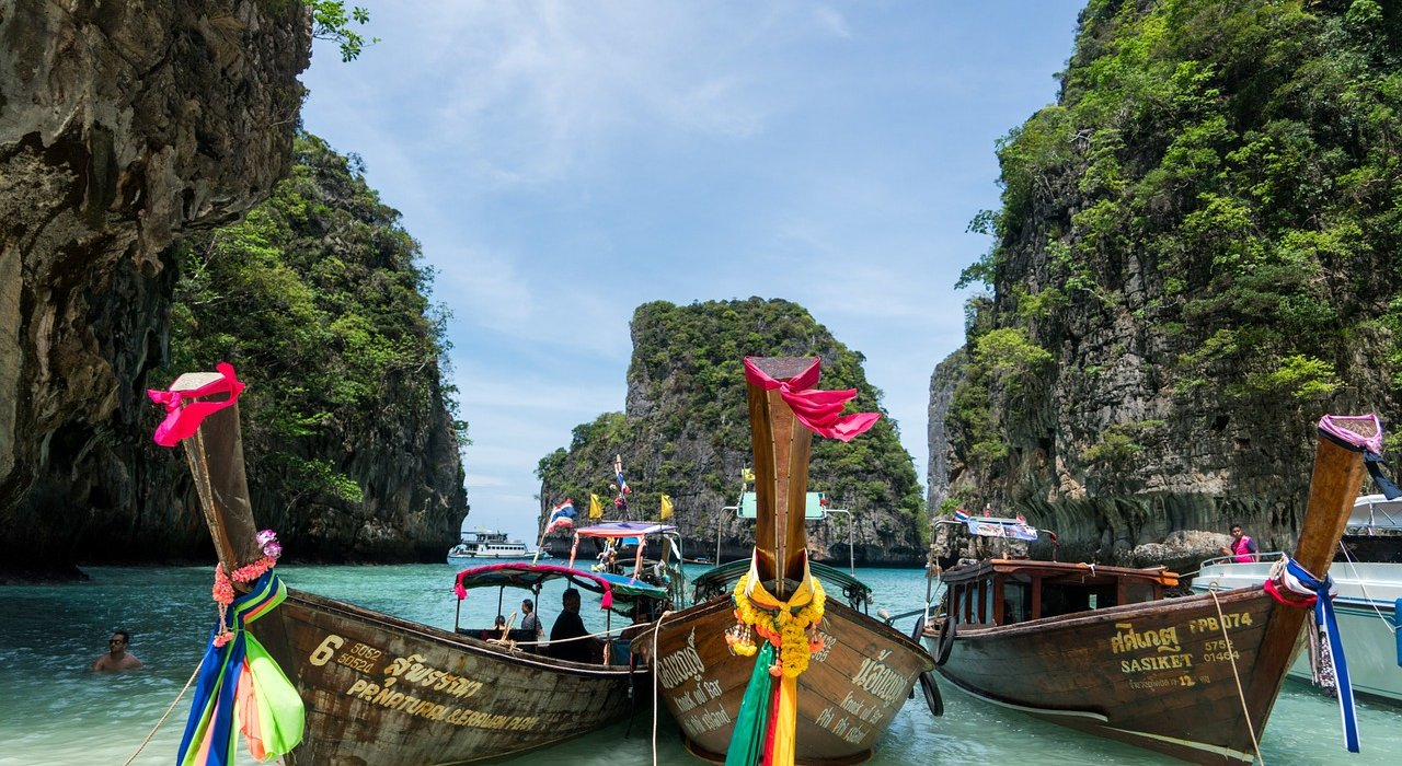 Abu Dhabi and Phuket Thailand - Image 7
