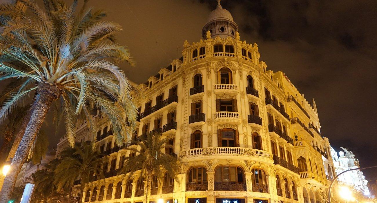Valencia May 4 Night City Break - Image 2