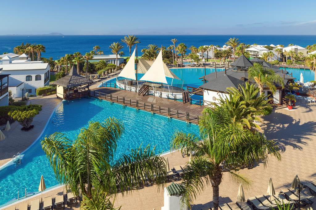 5* Lanzarote Luxury Half Board - Image 6