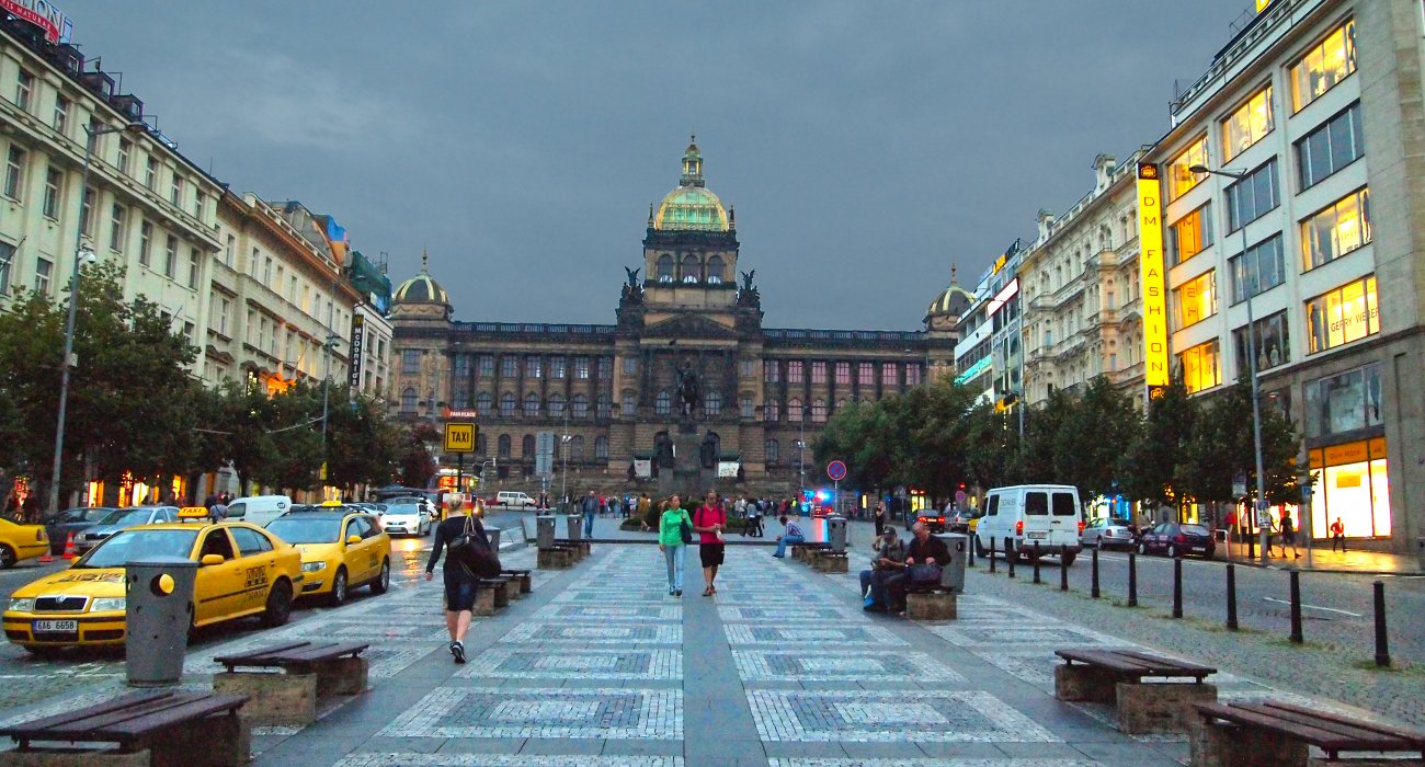 4* City Break to Prague - Image 4