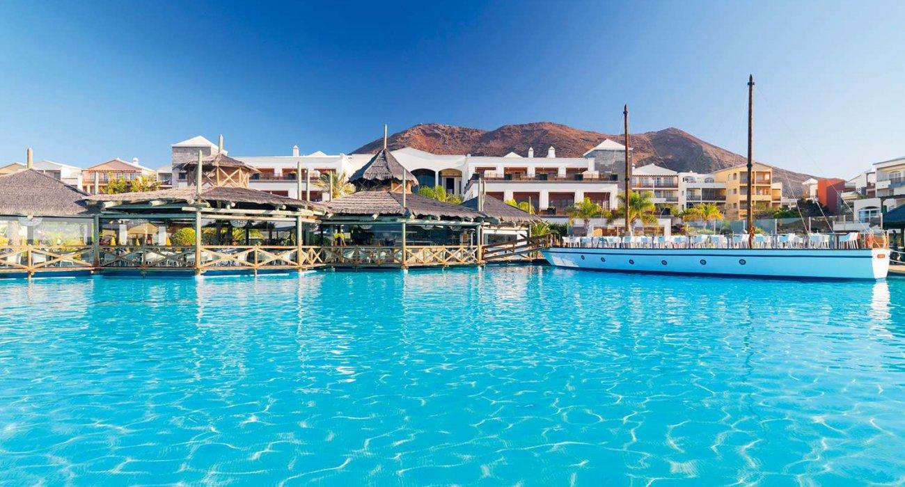 5* Luxury in Lanzarote - Image 1
