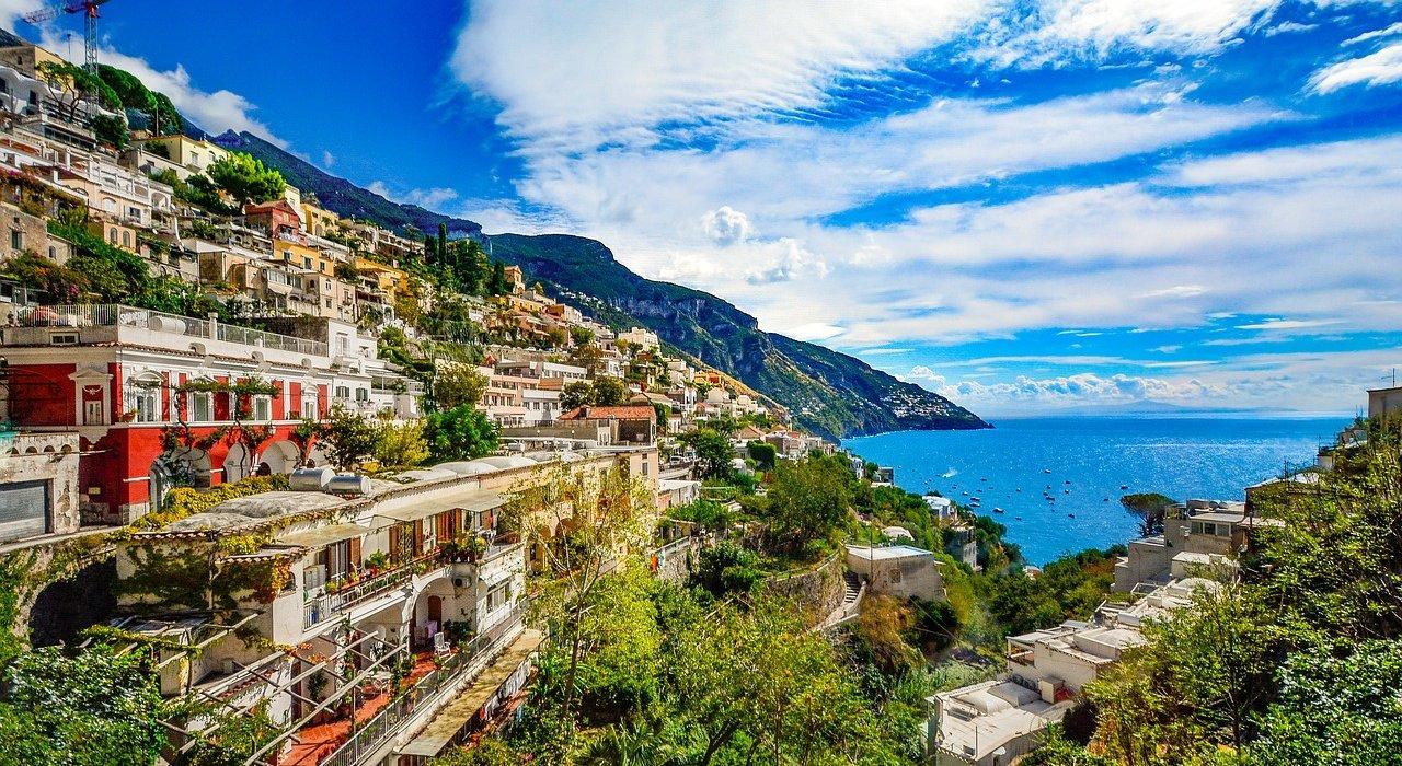 Sorrento, Amalfi Coast, Pompeii & Vesuvius - Image 3