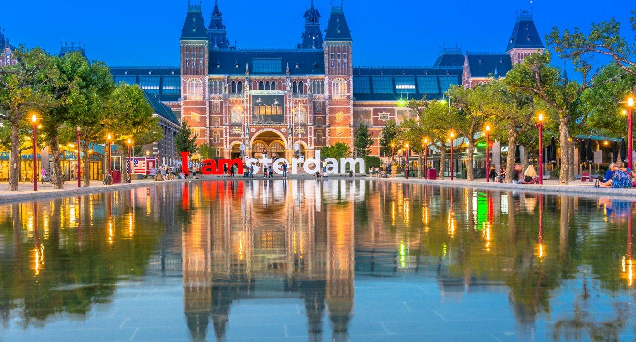 3 night May Amsterdam City Break - Image 1