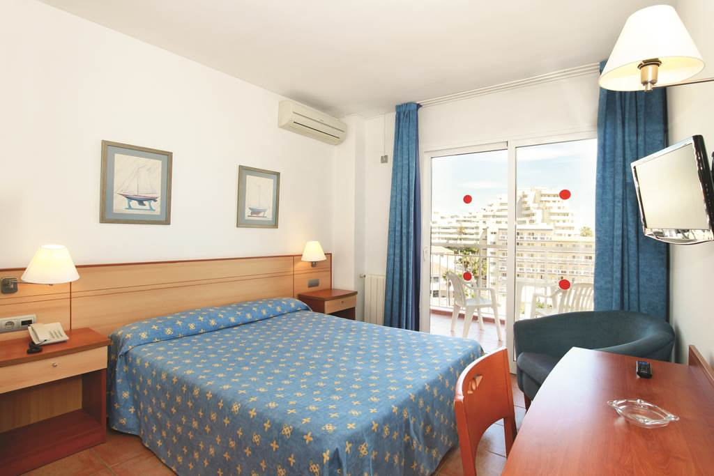 Costa Del Sol 4 nights Half Board Bargain - Image 3