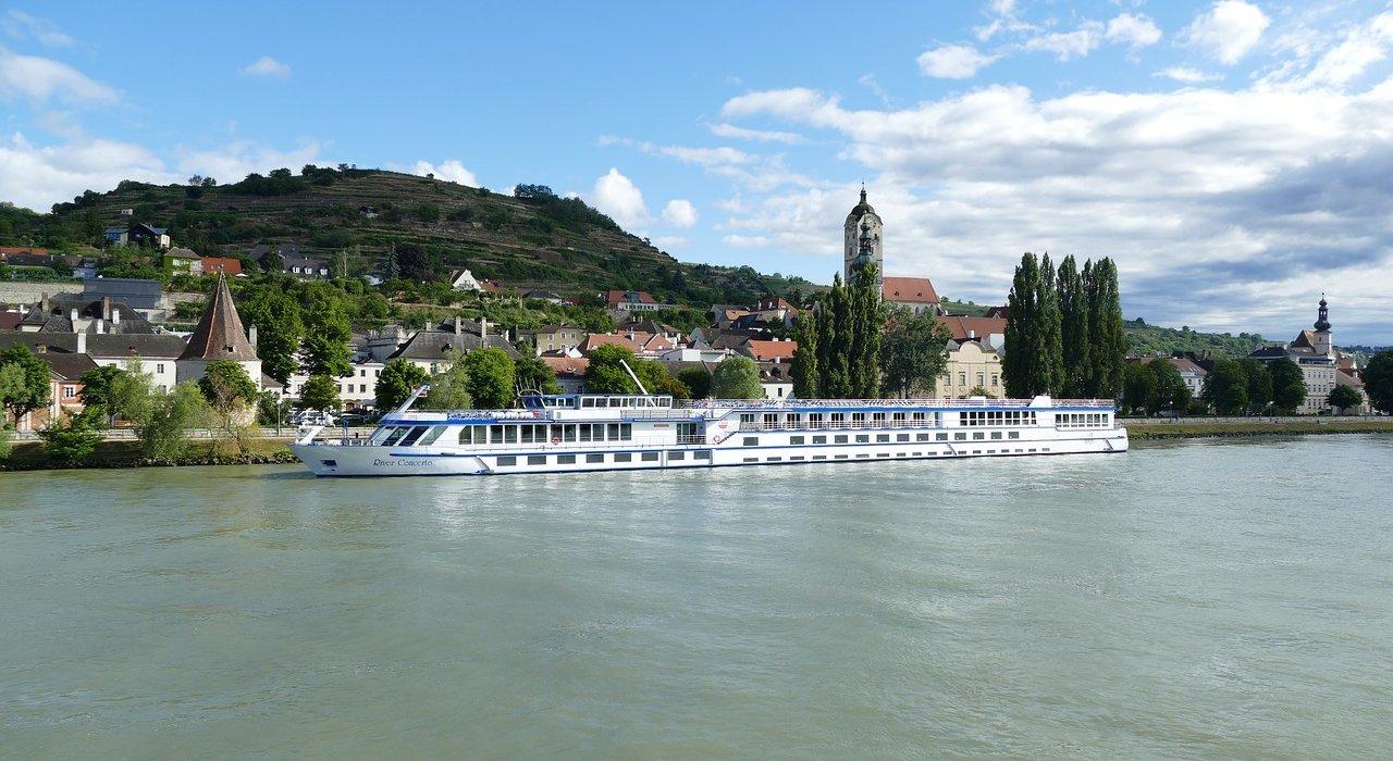 Blue Danube 7 night River Cruise - Image 1
