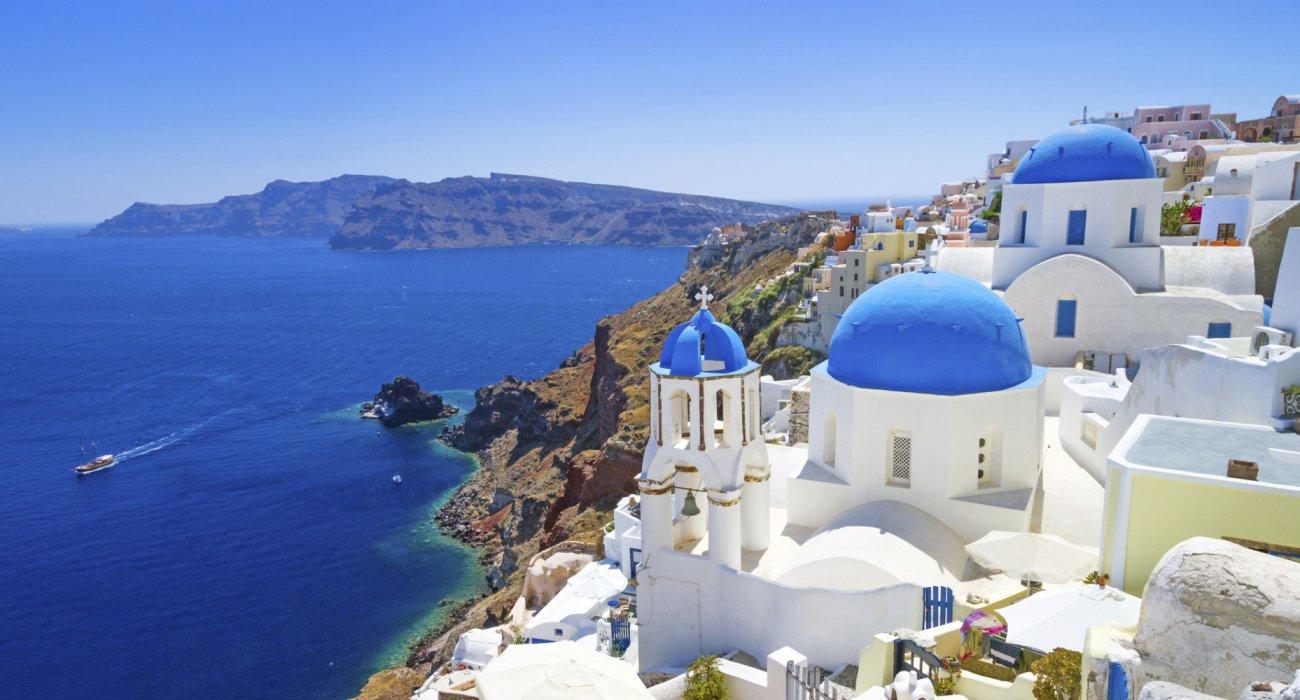 Beautiful Island of Santorini - Image 1