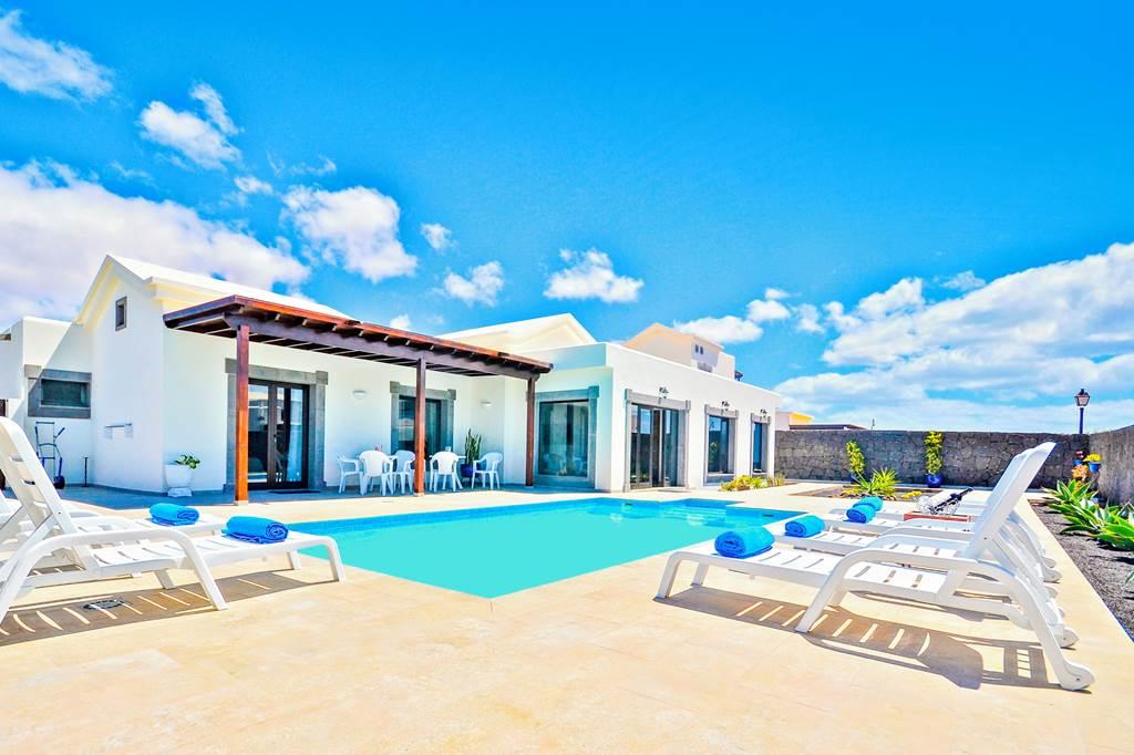 Lanzarote Private Villa Wintersun Escape - Image 1