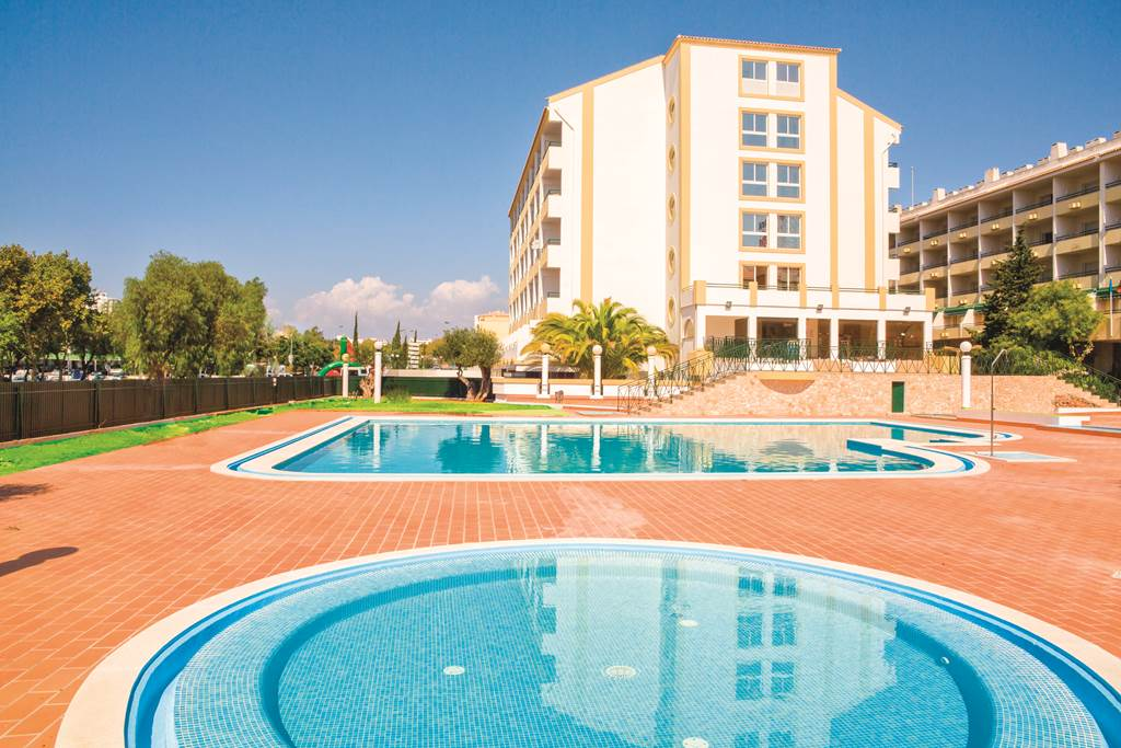 May Albufeira 7 Night Deal - Image 5
