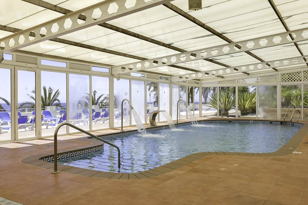 Costa Almeria 4* Family Summer Hols - Image 7