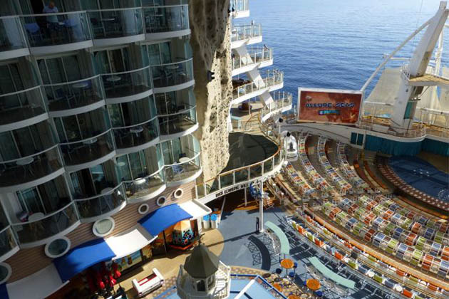 Royal Caribbean's Wonderful Oasis of the Seas - Image 3