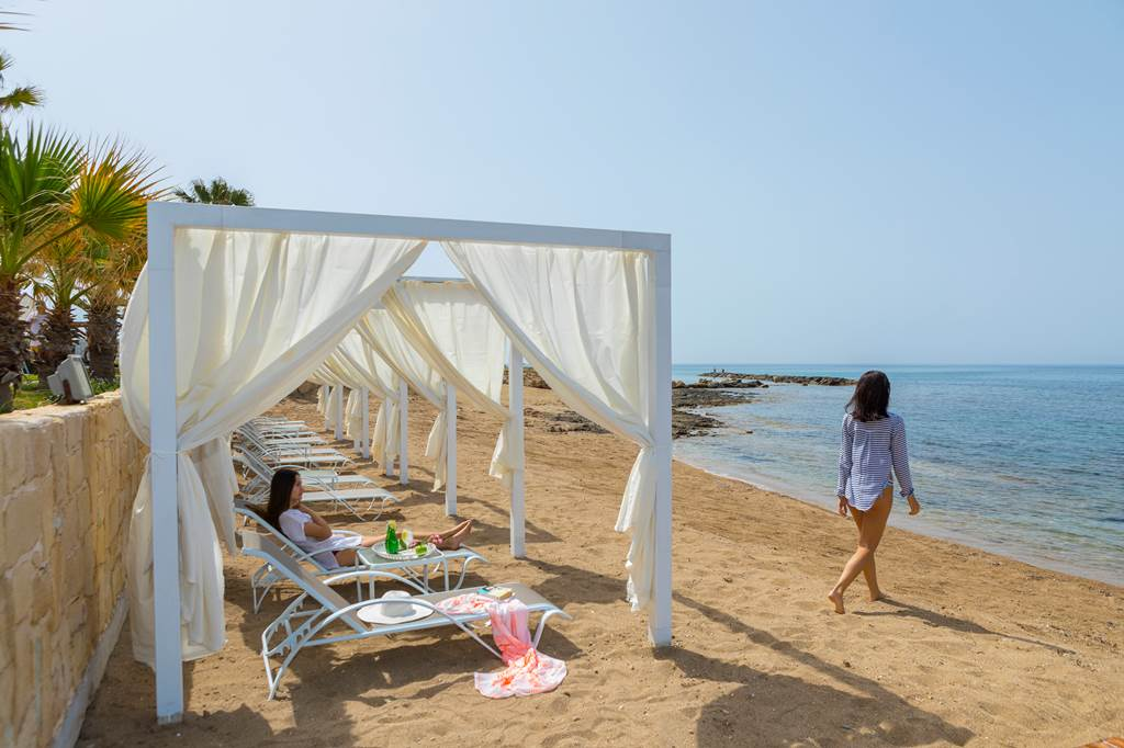 4* Easter in Cyprus - Image 10
