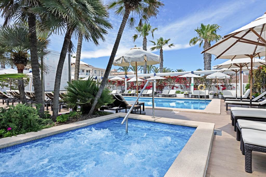 4* Adult Only Easter in Majorca - Image 4