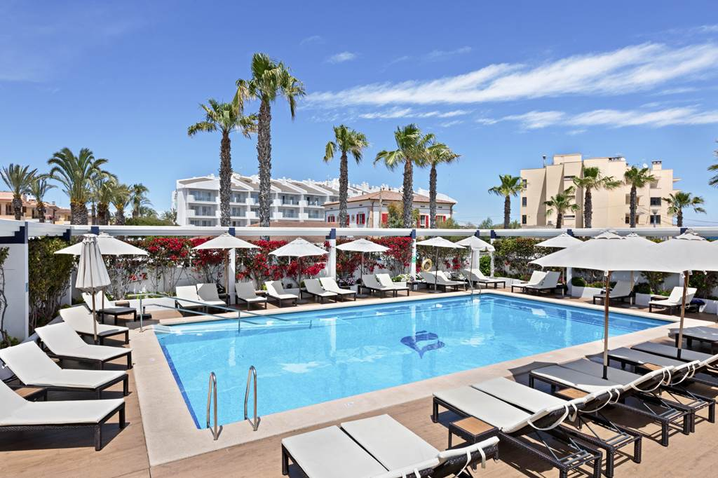 4* Adult Only Easter in Majorca - Image 5
