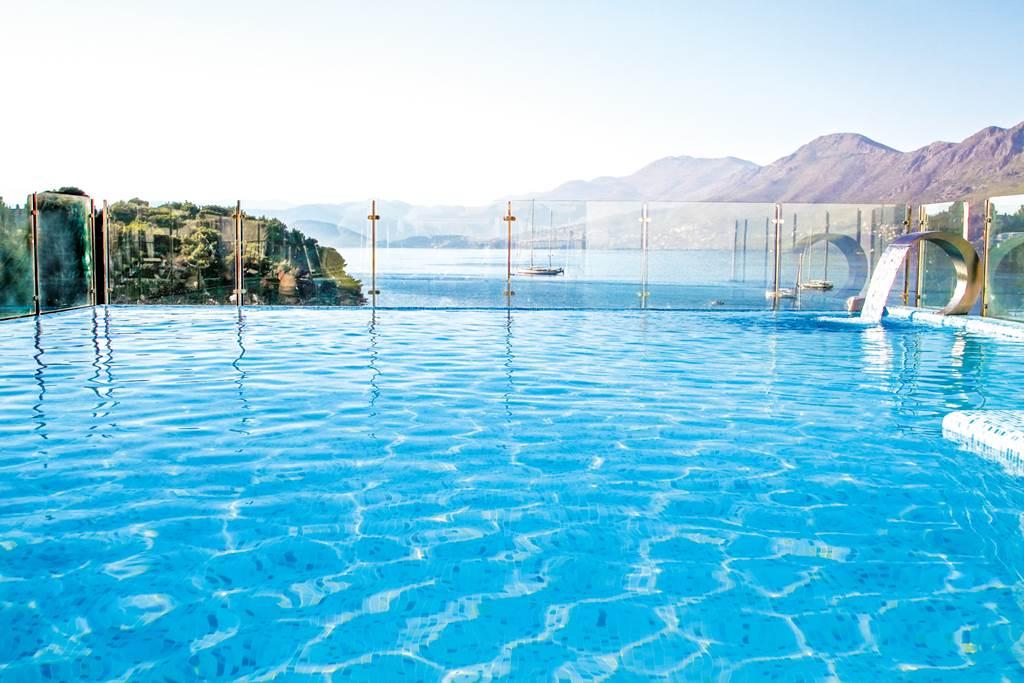 October Croatia Seafront Hotel - Image 9