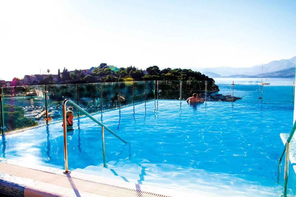 October Croatia Seafront Hotel - Image 7