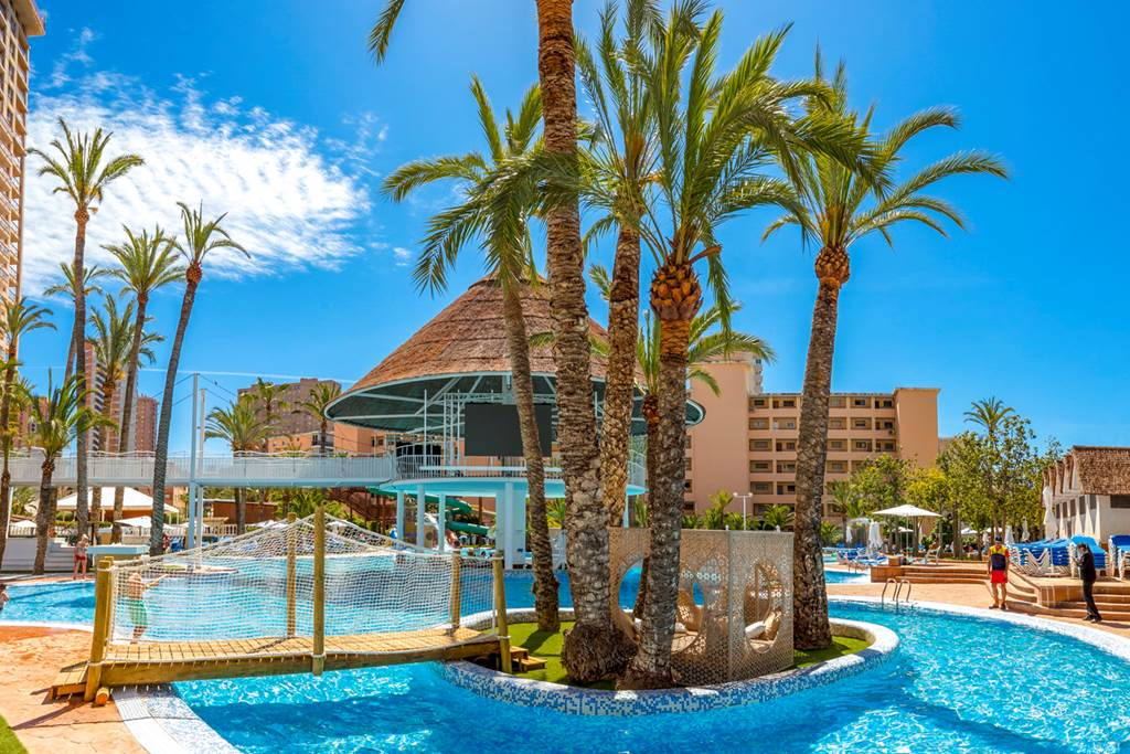 Fabulous Benidorm Family Deal - Image 9