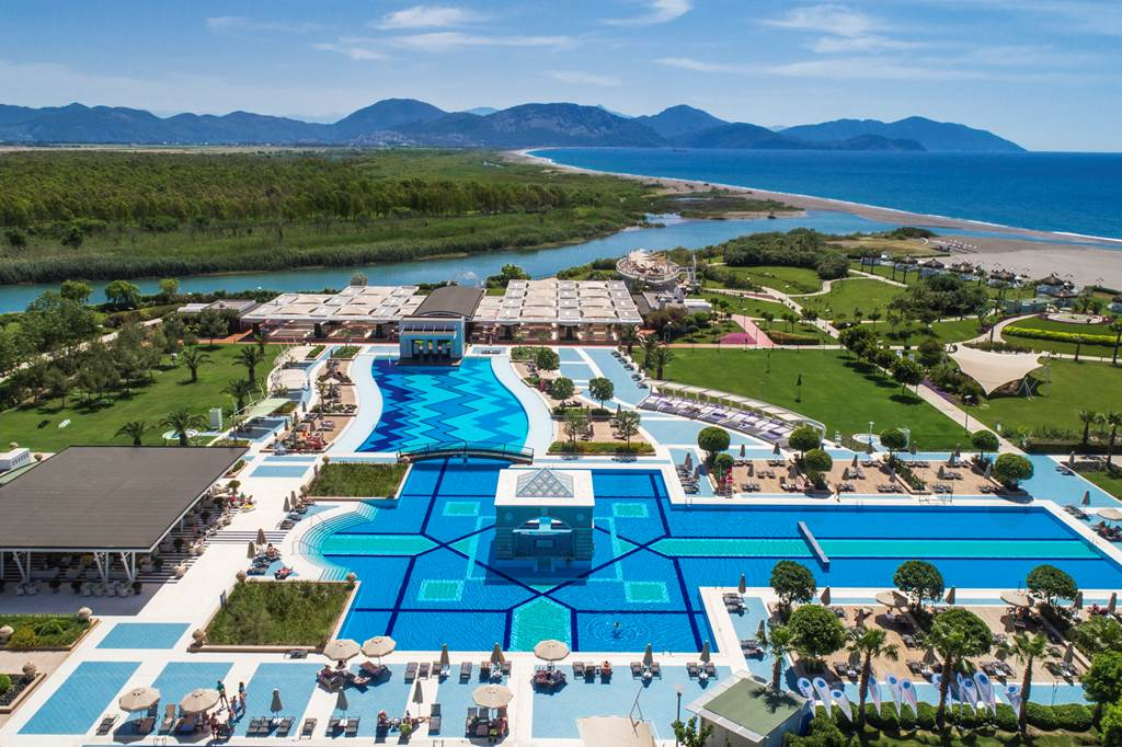 All Inclusive 5* Luxury in Dalaman - Image 1