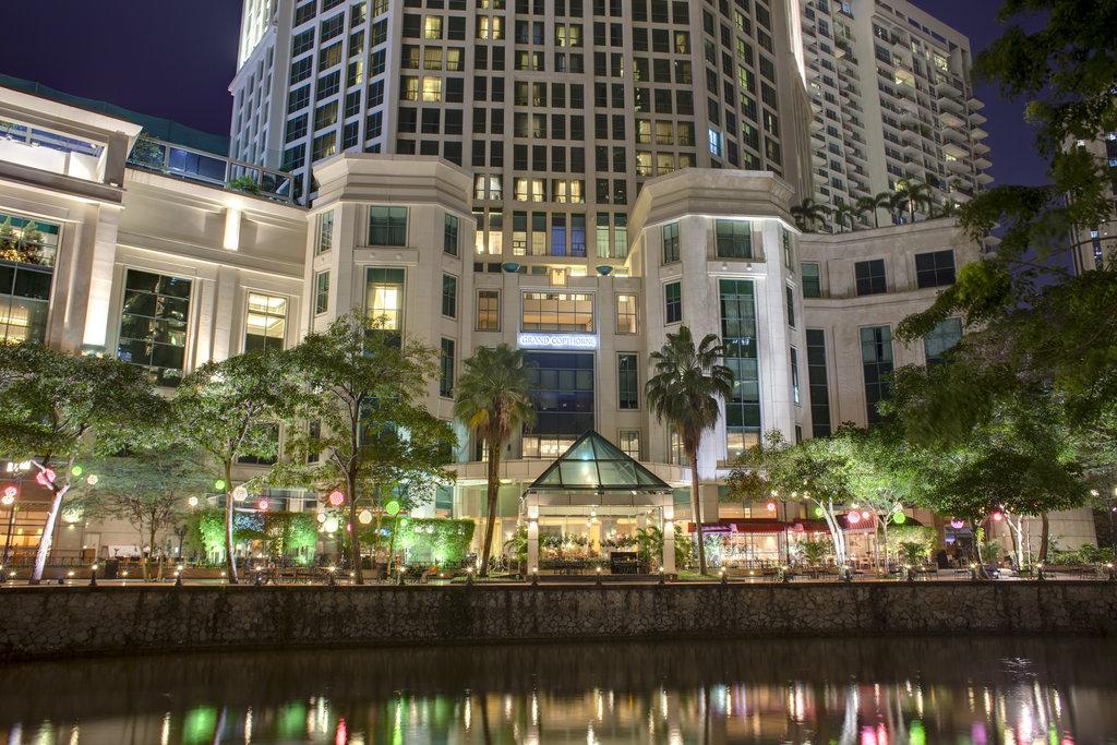 Dubai, Sydney & Singapore in Style - Image 6