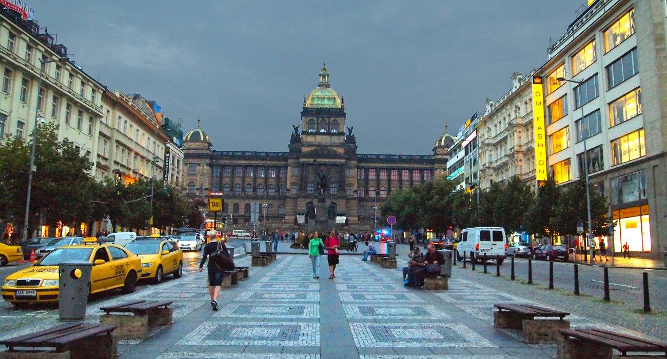 November City Break to Prague - Image 4