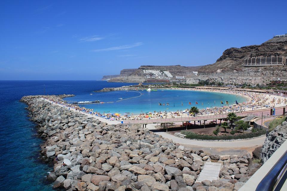 Late Gan Canaria Half Board NInja Deal - Image 1