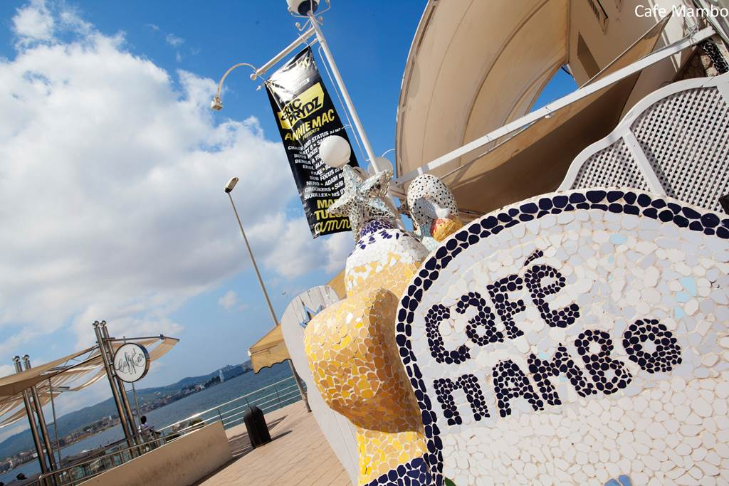 Cafe Mambo Chic in Ibiza - Image 1