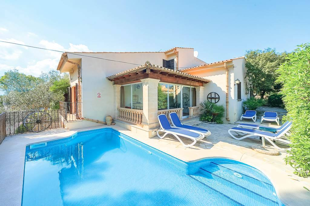Majorca Villa Group Escape - Image 1