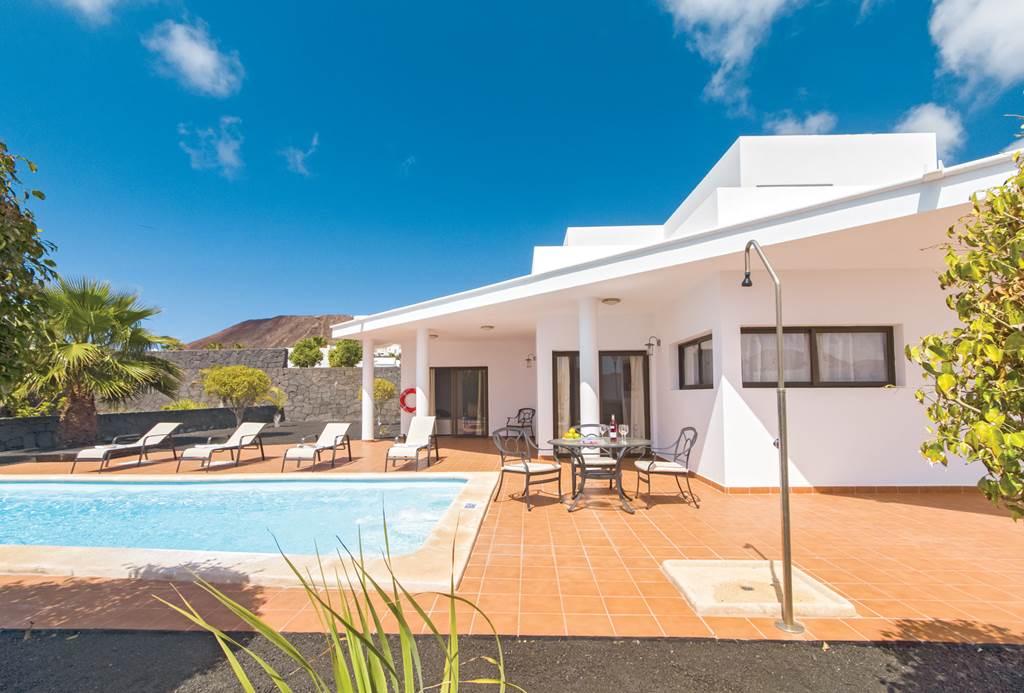 Lanzarote Family Villa Summer 20 - Image 2