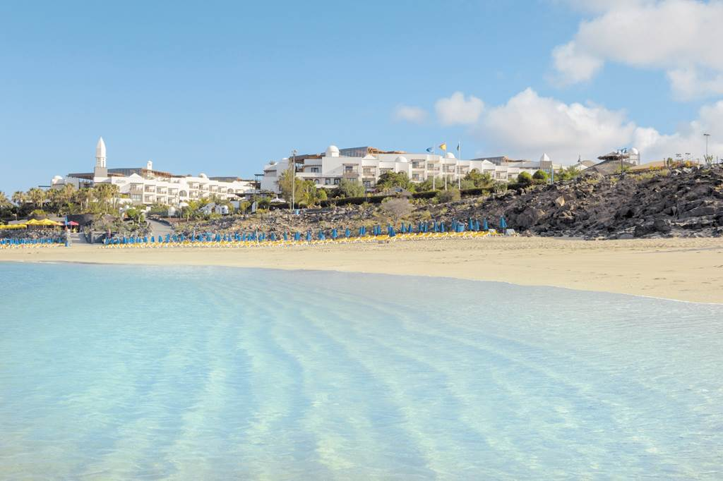 Luxurious Lanzarote 5* Winter Breaks - Image 10