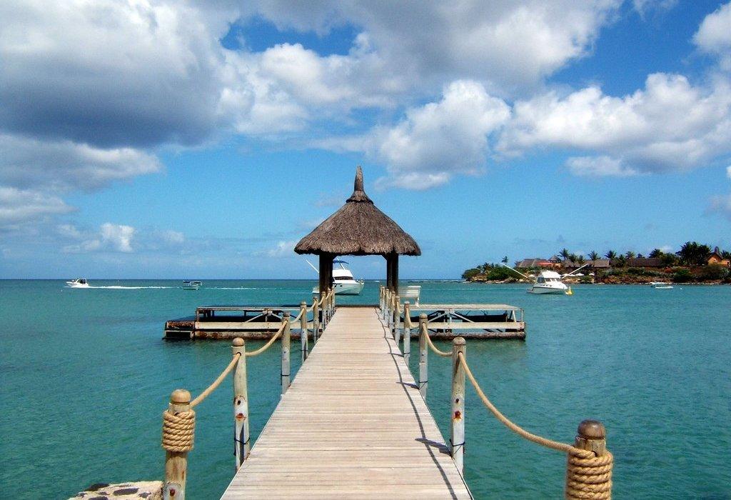 Honeymoon In Dubai & Mauritius FLASH SALE! - Image 1