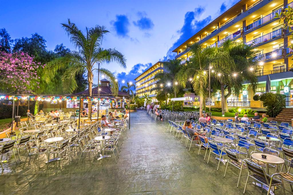 PortAventura Family Hols Favourite - Image 6