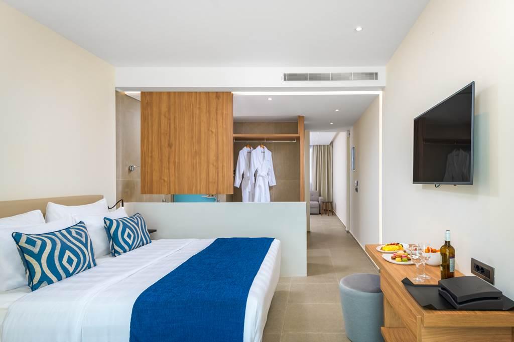 5* Luxury in Rhodes - Image 5