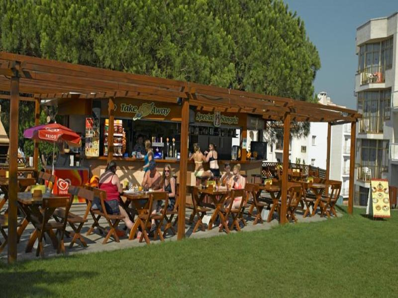 Costa Brava Late Summer Bargain - Image 3