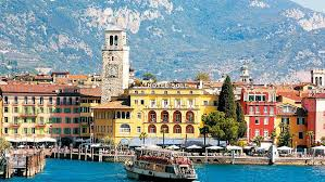 Lake Garda and the Italian Lakes - Image 4