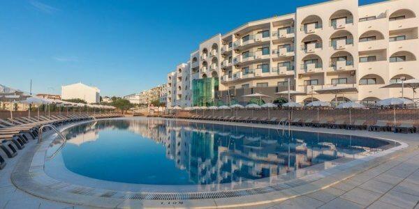 Algarve Oct 4 Night Bargain