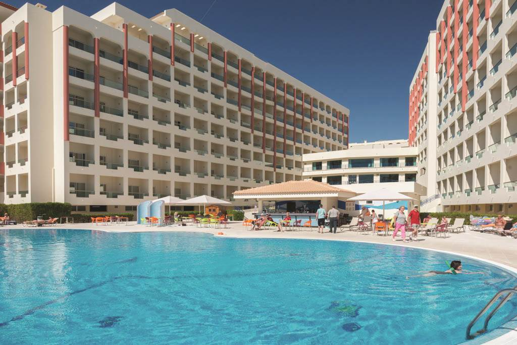 Algarve Mid July ALL Inclusive Hols - Image 2