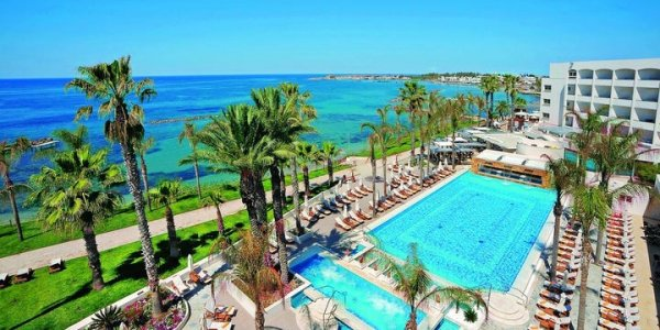 Cyprus Luxury 5* Wintersun