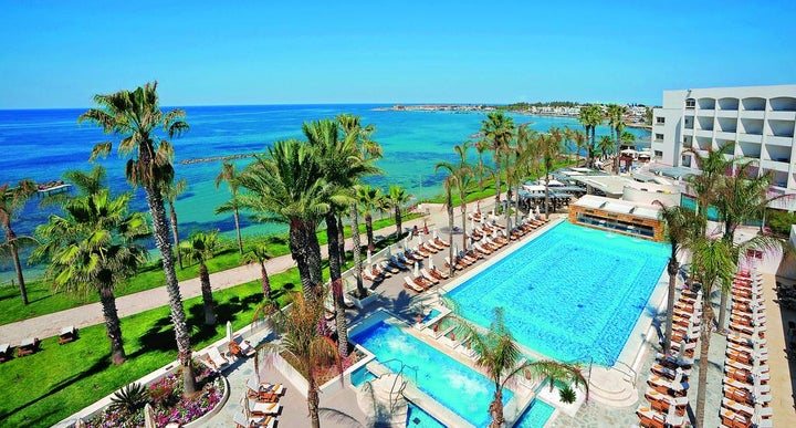 Cyprus Luxury 5* Wintersun - Image 1